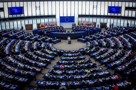 parlement europ n si e scandale le parlement européen veut embaucher 110