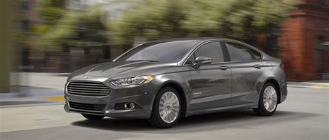 Check Out the 2016 Ford Fusion Hybrid at Beach Ford!