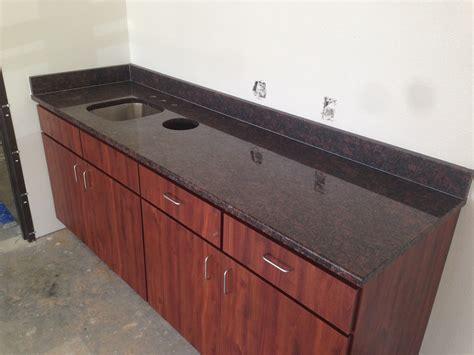 chocolate kitchen cabinets photo gallery 2185