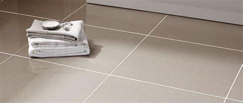 how to lay ceramic tile in kitchen bodenfliesen bodenfliesen f 252 r ihr zuhause 9466