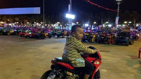 Khuyến mãi đặc biệt các khách sạn quảng ngãi, việt nam. Ken chạy mô tô ở quảng trường thành phố Quảng Ngãi P2 ...