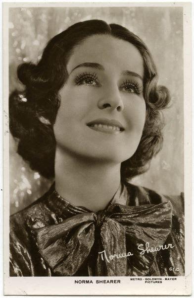 foto de Norma Shearer (1902 1983) American film actress of the