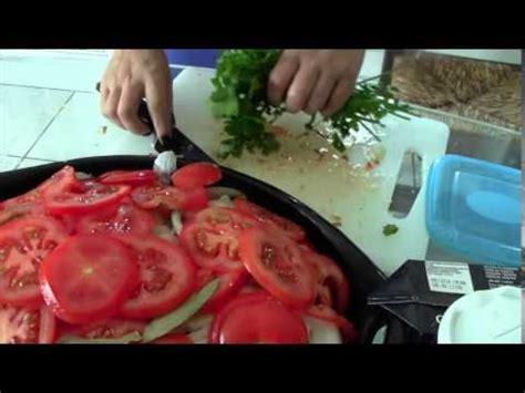 comment cuisiner le brochet recette merlu à l 39 espagnole doovi