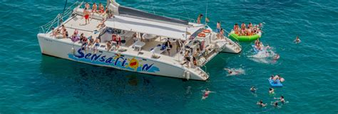 Catamaran Barbacoa Barcelona by Fiesta En Catamar 225 N Sensation Barcelona Civitatis
