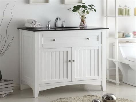 White Country Bathroom Vanity by 25 Best Images About Cottage Style Bathrooms On