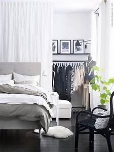 Vorhang Für Dachschräge : die besten 25 kleiderschrank mit vorhang ideen auf pinterest kleideraufbewahrung mit vorhang ~ Markanthonyermac.com Haus und Dekorationen