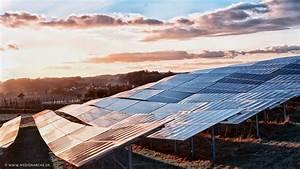 Rechnet Sich Eine Solaranlage : eine solaranlage im abendrot medienarche ~ Markanthonyermac.com Haus und Dekorationen