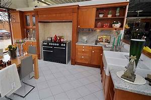 Landhauskuche oldenburg tische fur die kuche for Küchen oldenburg