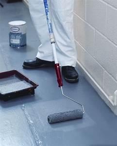 un garage qui donnerait presque envie dy vivre la With peinture pour sol beton garage