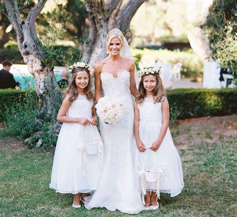 wedding  adorable flower girls brides