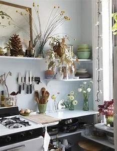 Küche Gemütlich Dekorieren : kleine k che dekorieren ~ Indierocktalk.com Haus und Dekorationen
