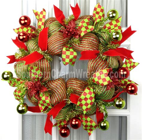 how to make mesh garland with lights holiday deco mesh wreaths southern charm wreaths