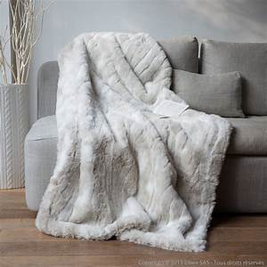 Plaid Fausse Fourrure Loup Blanc 140x180cm SWEET