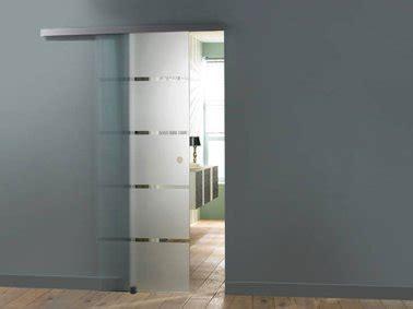 porte coulissante verre castorama la porte coulissante l astuce gain de place efficace d 233 co cool
