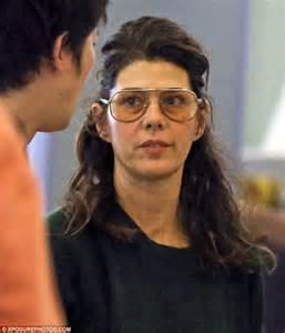 make up classes in los angeles marisa tomei ditches the as she goes make up free