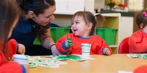 toddler preschool program discovery isle preschool 763   Toddler photo 1024x512