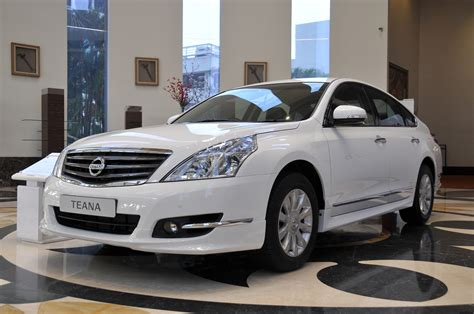 nissan teana 2013 2014 nissan teana unmasked ahead of chinese launch