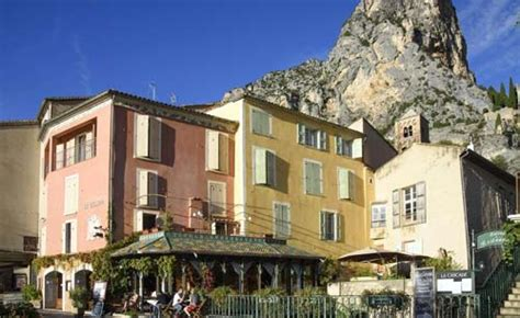 hotels in le mo hiking in the gorges du verdon active azur
