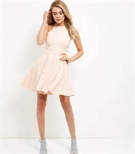 robe patineuse pour mariage les 25 meilleures idées de la catégorie robe poudre sur tenues or