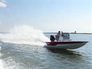 Fast Shallow Water Boats by Majek Xtreme Shallow Drafting V Hull Majek Boats