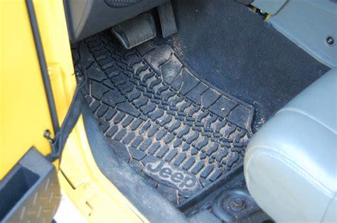 quadratec floor mat recall mopar slush mats vs quadratec floor liners page 2 jeep