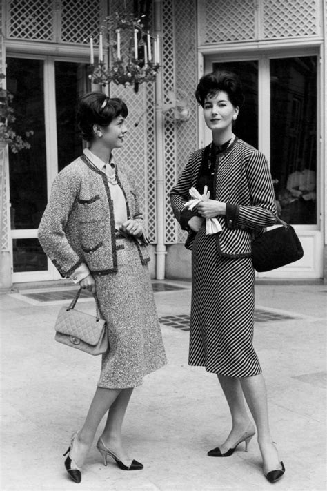 1954. Chanel Tweed Suit | Fifties fashion, Chanel fashion ...