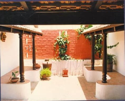 Chettinad House Design: A Small 'chettinad' Type Of Courtyard On The First Floor