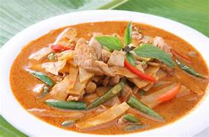 Red Thai chicken, bean and bamboo curry recipe - goodtoknow