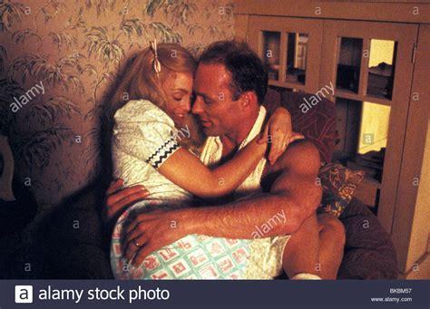 swing shift swing shift 1984 goldie hawn ed harris sws 007 stock