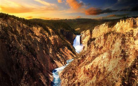 yellowstone national park natural creations