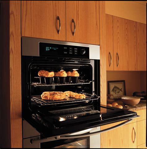 bosch hblauc single electric wall oven  genuine european  element convection