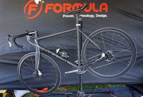Formula's Hydraulic Road Disc Brake With Integrated Di2 Shifter Levers Dia Compe Center Pull Brakes Muzzle Brake Recoil Reduction Chart Mbm Booster Parking Stuck Bb7 Pad Removal Avid 5 Pads Custom For Mosin Nagant Westside And Tire