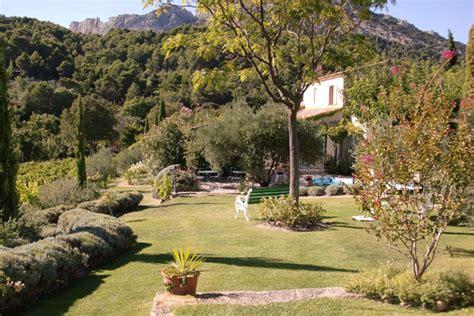 chambre d hotes naturiste provence chambres d 39 hôtes le grand jardin lafare europa bed