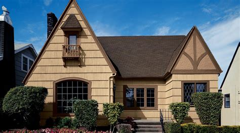 house paint color preview exterior paint inspiration classic country house exterior with white framed windows
