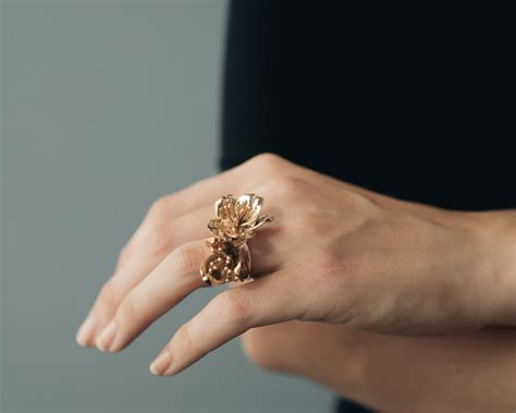 This company makes 3D printed jewelry, and the future is NOW