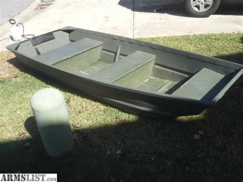 Flat Bottom Boat Dimensions by Armslist For Sale Trade Alumacraft 10 Flat Bottom Jon Boat