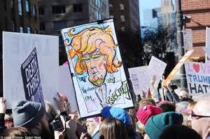 US protest in 'not my Presidents' Day' against Trump ...