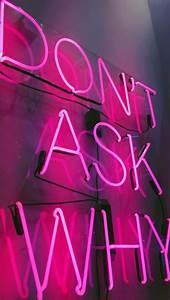 Neon Deco Chambre : dianaherselff w a l l p a p e r s pinterest n on deco chambre et en images ~ Melissatoandfro.com Idées de Décoration