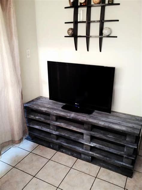 17 best ideas about meuble tv palette on pinterest