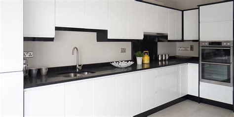 high gloss white kitchen cabinets horizon high gloss white gallagher kitchens 7050
