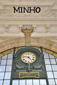 Horloge De Gare : horloge de gare de porto image stock image du course 27506463 ~ Teatrodelosmanantiales.com Idées de Décoration