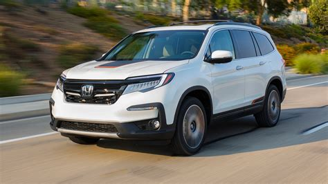 2019 Honda Pilot First Drive Fixing The Issues  Motor Trend