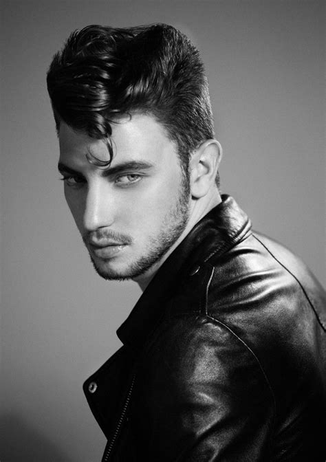 50s Hairstyles Guys by F 224 Bio Coentr 227 O Channels 50s Style With Pompadour Hairstyle
