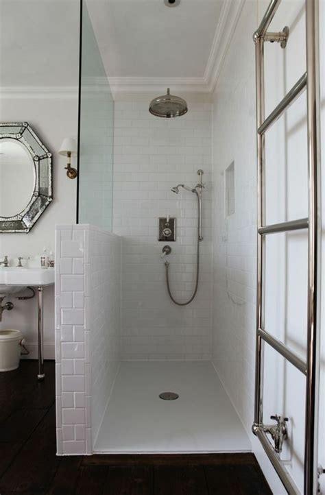 Moderne Kleine Badezimmer Mit Dusche by Ebenerdige Dusche Modernit 228 T Und Funktionalit 228 T Im