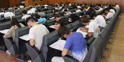 Test Di Ingresso Economia by Test D Ingresso Estivo A Economia Univrmagazine