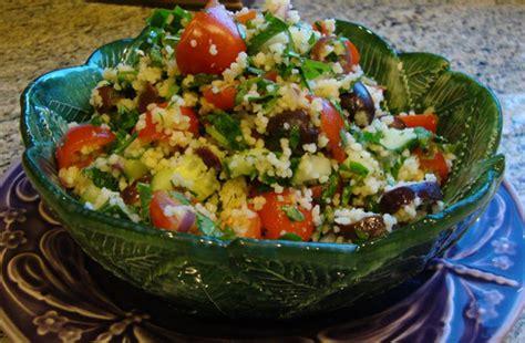 cuisiner le poivron vert recette du taboulé à la menthe au citron et à la semoule
