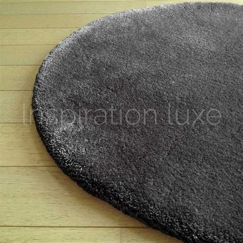 tapis rond sur mesure tapis rond sur mesure rond gris fonc 233 moelleux par inspiration luxe