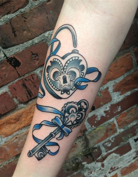 35 Beautiful Key Tattoos