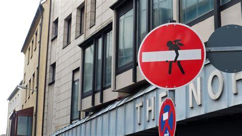 quiz snap jij deze verwarrende verkeersborden rtl nieuws