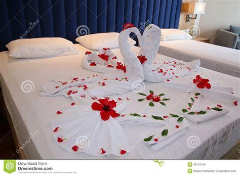 h el dans la chambre chambre à coucher dans la suite d 39 hôtel avec les